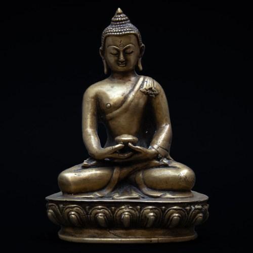 Dhyana Mudra Buddha Statue