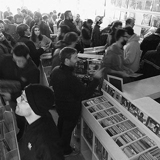 002-record-store-people-o320px