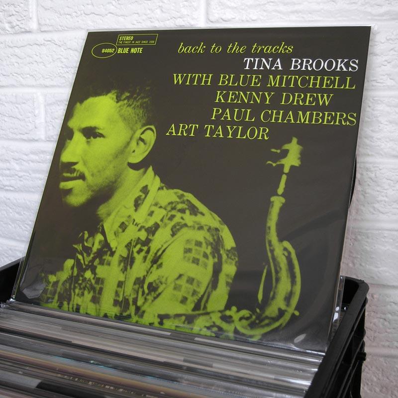 16-jazz-vinyl-o800px