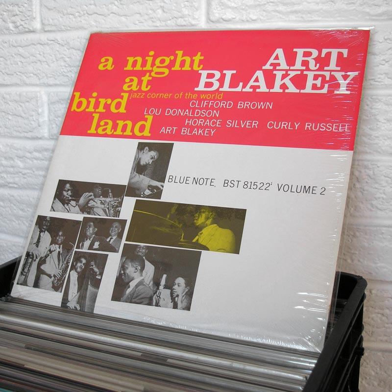 35-jazz-vinyl-o800px