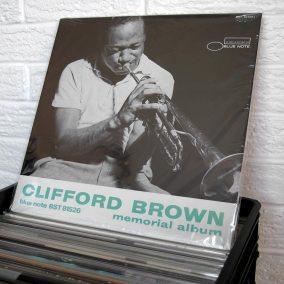 66-jazz-vinyl-o800px