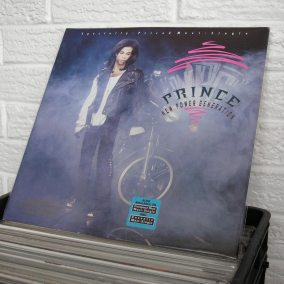 42-PRINCE-thieves-in-the-temple-vinyl