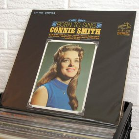 023-country-vinyl-o1080px