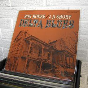 26-blues-vinyl-o1080px