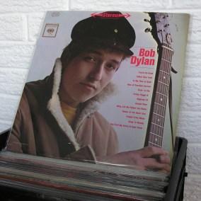 vintage-vinyl-dig-30
