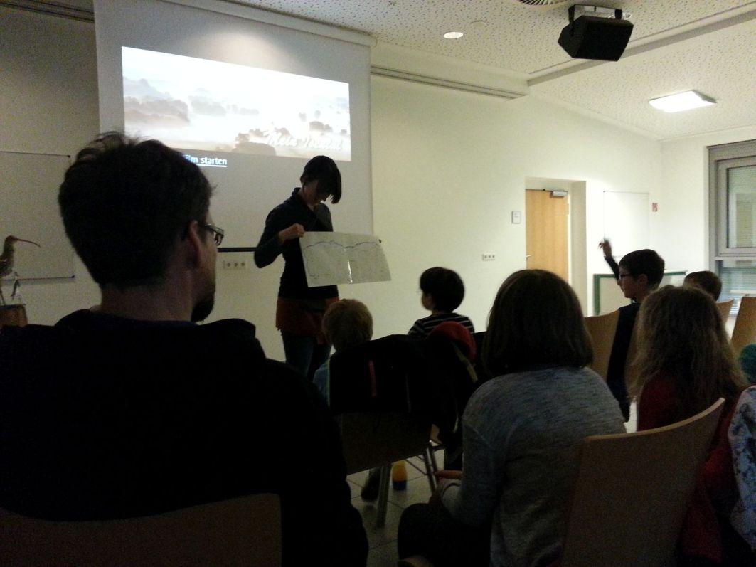 Vor dem Film ein paar Informationen zum Isental und seinen tierischen und pflanzlichen Bewohnern.