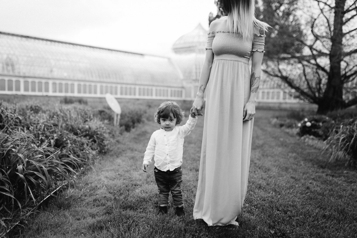 wild-native-photography-pittsburgh-lifestyle-photographer-phipps-conservatory-caitlin-elijah_0338