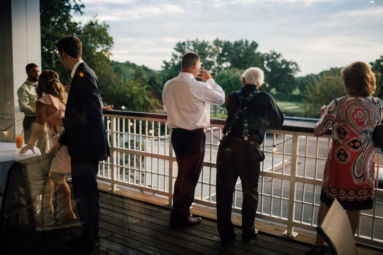 wild-native-photography-modern-pittsburgh-wedding-photographer-butler-country-club_1160