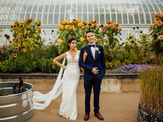 Hanna + Dominic - Phipps Conservatory Wedding