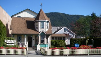 Sitka Rose Gallery features art made in Sitka and Alaska by local artists and Native artists