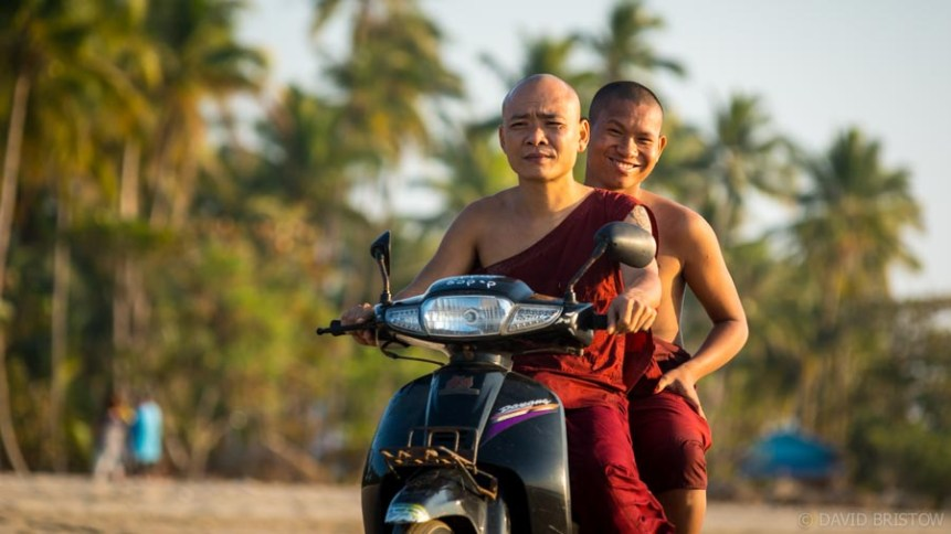 Monks ride Ngwe Saung to get to there temple
