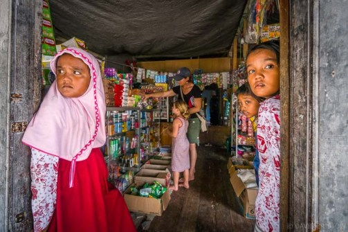 Maratua is just authentic Indonesian villages, there is no backpacker scene here