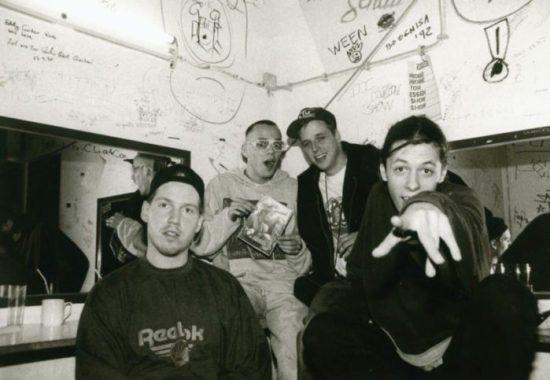 Die Fantastischen Vier - am Anfang ihrer Karriere 1992 im Backstageraum der Salzmanns Factory in Kassel