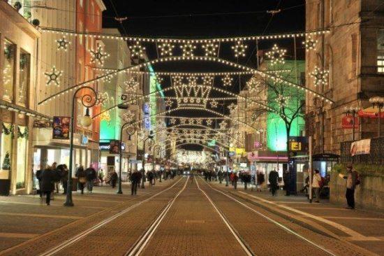 Mit der NVV-Weihnachtsmarktkarte zum Weihnachtsmarkt - (Archivbild vom Kasseler Weihnachtsmarkt von 2014)