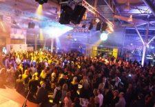Beetle Night – Hello Sunshine heißt es am 21. März im Volkswagen-Zentrum Paderborn
