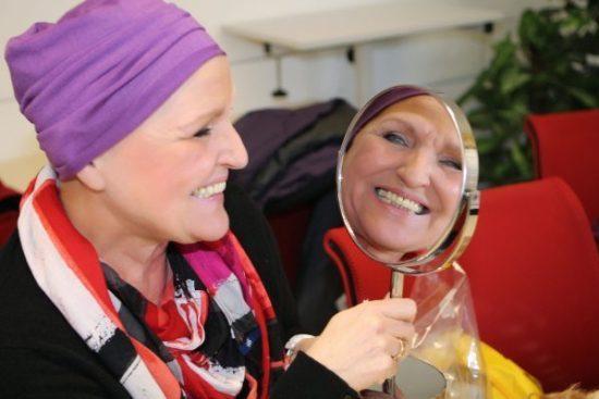 Viel mehr als nur Schminke: DKMS LIFE schenkt Lebensfreude und Selbstwertgefühl