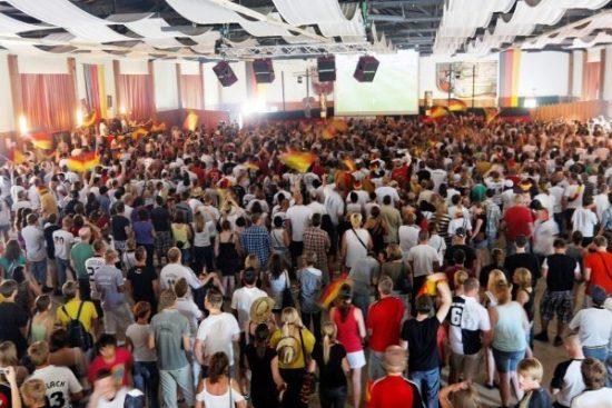 Unserem Team die Daumen drücken: Auch der EM-Titel soll 2016 ans DFB-Team gehen
