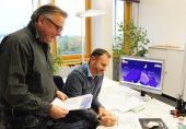 Freuen sich auf die Premiere des 1. Paderborner Martinslauf mit einem ausgebuchten Teilnehmerfeld: v.l. Mathias Vetter, Geschäftsführer SC Grün-Weiß Paderborn und Christian Stork von der Osterlauf GmbH