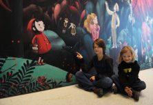 »Der 8. Zwerg« seit 24. November in der GRIMMWELT: Märchenhafte Erlebnispräsentation für die ganze Familie