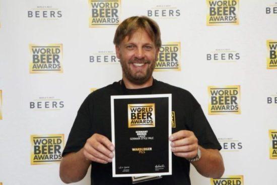 Das Warburger Pils hat bei den World Beer Awards 2017 die Auszeichnung Bronze erreicht.