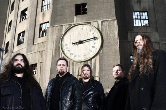 Wissen, was die Uhr geschlagen hat: Morgoth Quelle: Evelyn Steinweg Photographie