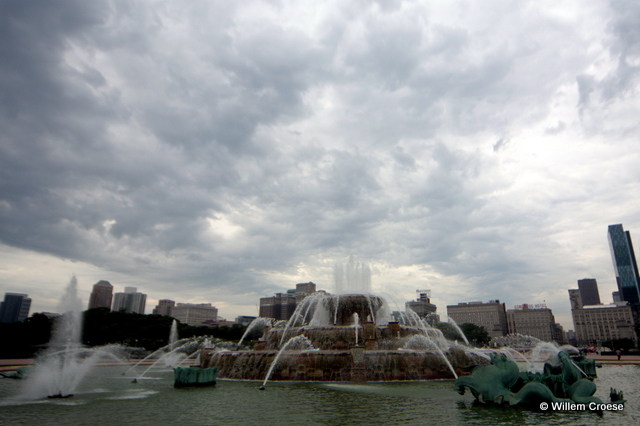 Donkere wolken boven Chicago - Willem Croese