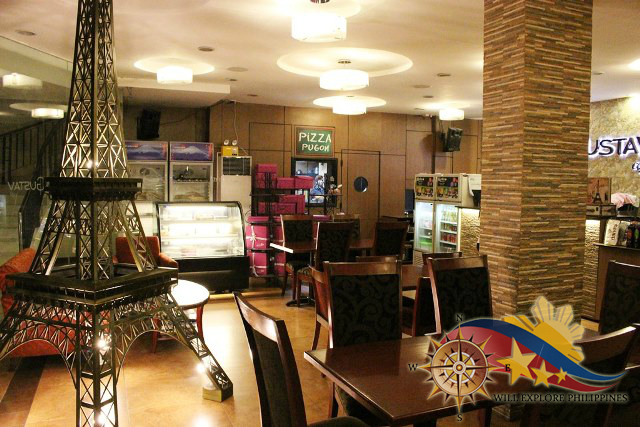 Gustav Cafe Angeles City Dining Area 5