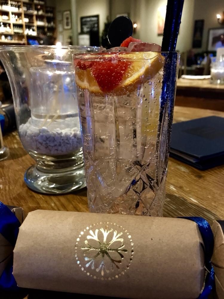Edinburgh Gin cocktail