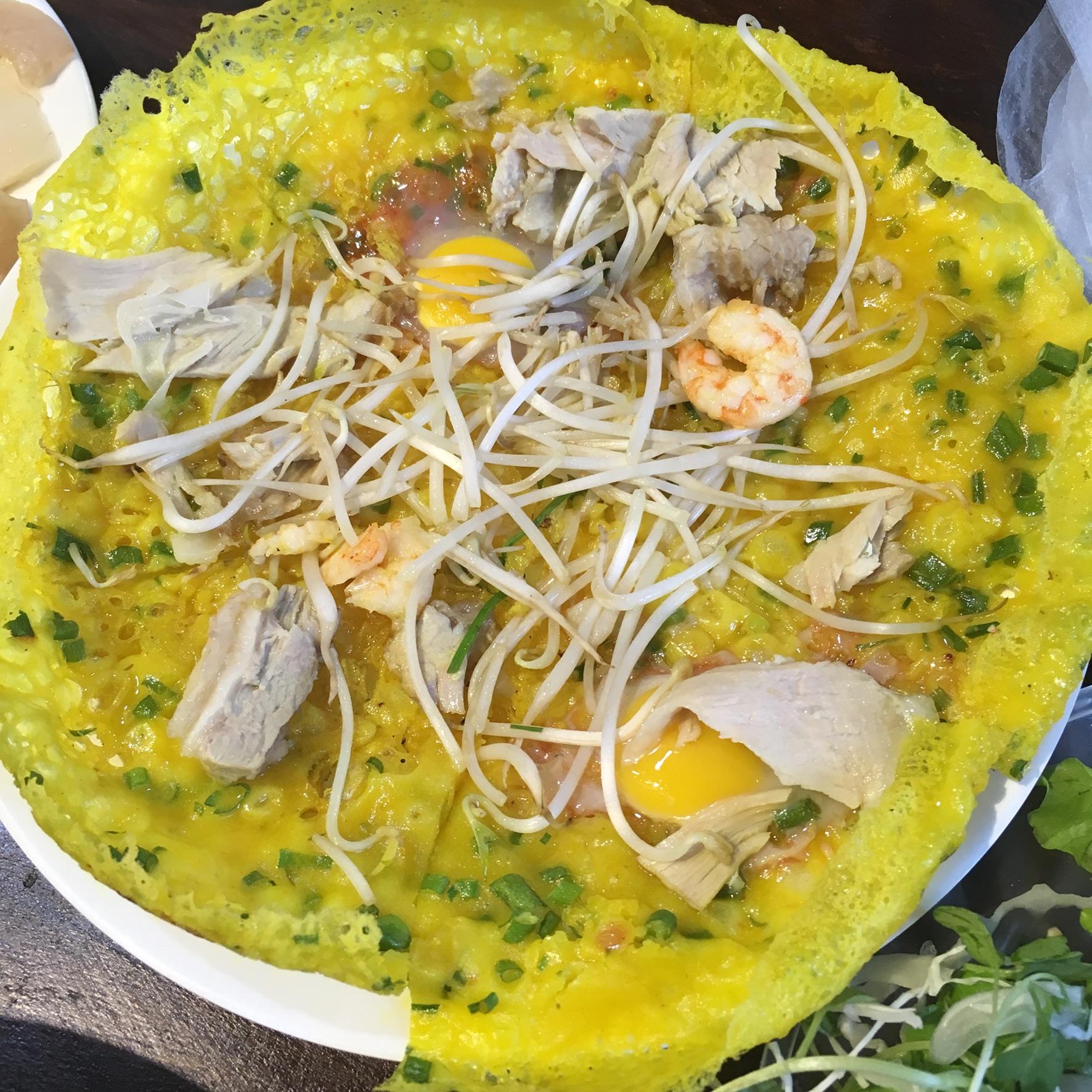 Banh Xeo - Vietnamese pancakes