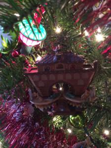 Happy Holidays 2015-Noah's-Ark-2
