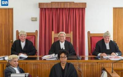 Bermuda Bar gathers to honour retiring justices