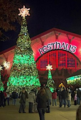 Busch gardens christmastown 2016 events williamsburg for Busch gardens christmas town 2016