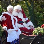 Santa Arrives at Yankee Candle – Nov. 11