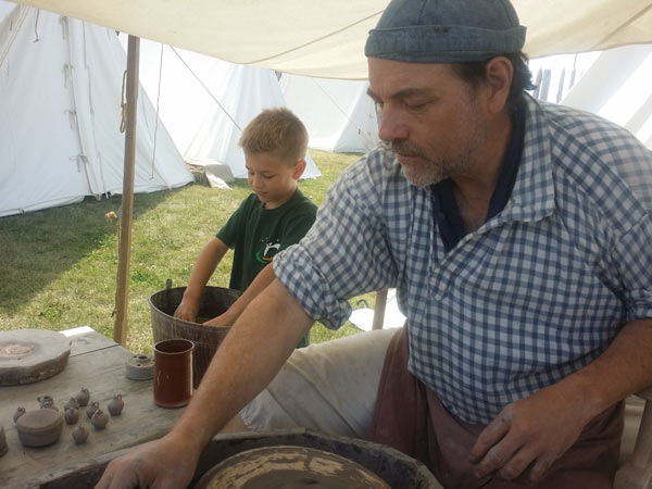 making-clay-figures-at-fort-ticonderoga