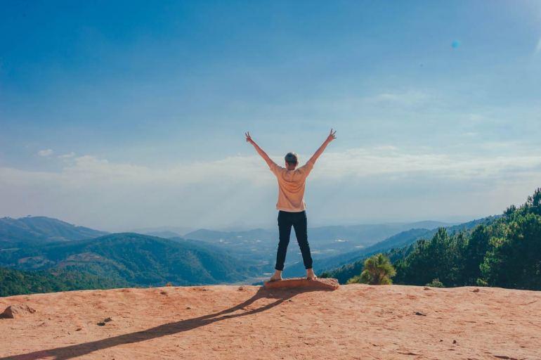 resilence woman on mountain
