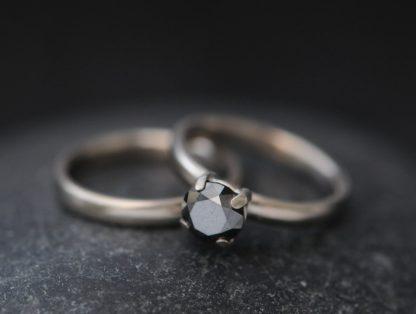 black diamond claw ring 18K WG