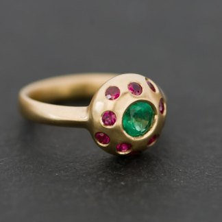 emerald and ruby multi-stone ring in yellow gold