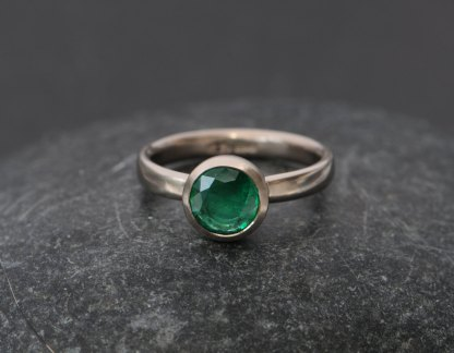 natural emerald set in gold ring