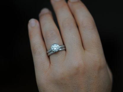 moissanite wed set 1.25ct platinum