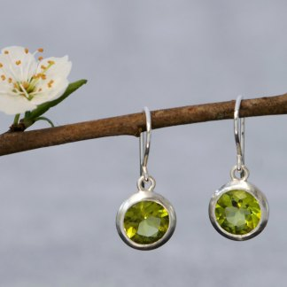 Pretty peridot drop earrings in sterling silver. By William White