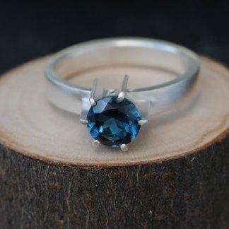 London blue topaz fin ring in silver