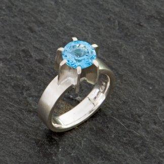 Swiss blue topaz Fin ring in sterling silver