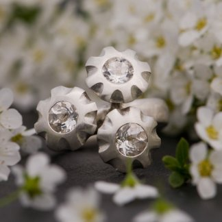 multi-stone flower ring, set with white topaz stones