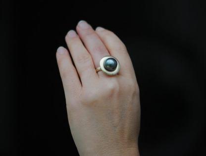 black tahitian pearl halo ring in 18K yellow gold