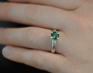 green tourmaline 7mm claw ring silver