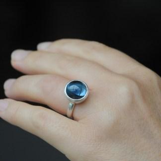 London blue topaz 12mm cab ring silve