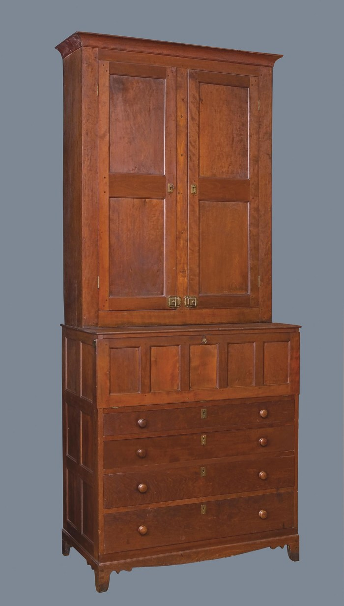 Lot 26: Rare Trustee's Desk