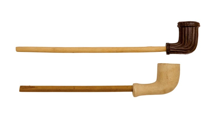 Lot 2: Two Shaker Pipes