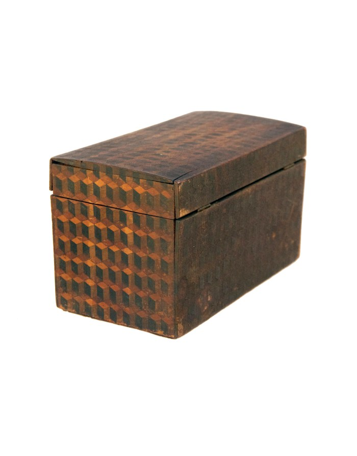 Lot 186: Storage Box with Key