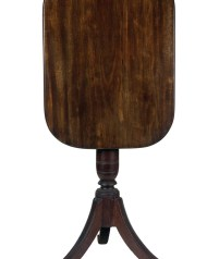Lot 200: Federal Candlestand